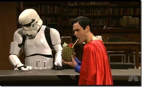 SNL-ashton-kutcher-superman-stormtrooper-pineapple-beverage